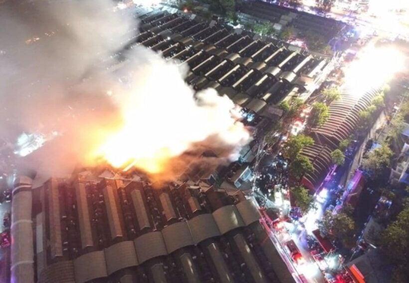 Fire at Bangkok's Chatuchak Weekend Market destroys 30 shops | The Thaiger