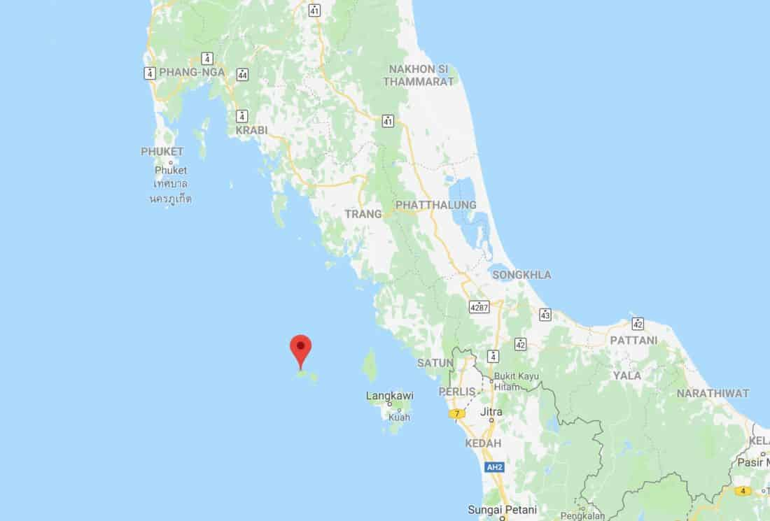 Police investigating possible Thai links to Rohingya boatpeople marooned on Rawi Island   News by Thaiger