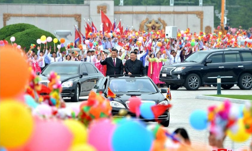 """China-North Korea leaders meet. """"Ties good for regional peace"""" 