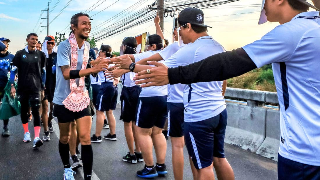 Toon's running again, pounding the pavement for Thailand's hospitals | News by The Thaiger