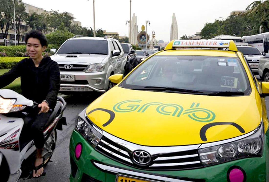 Thai DLT to look at legalising GrabCar and GrabBike | The Thaiger