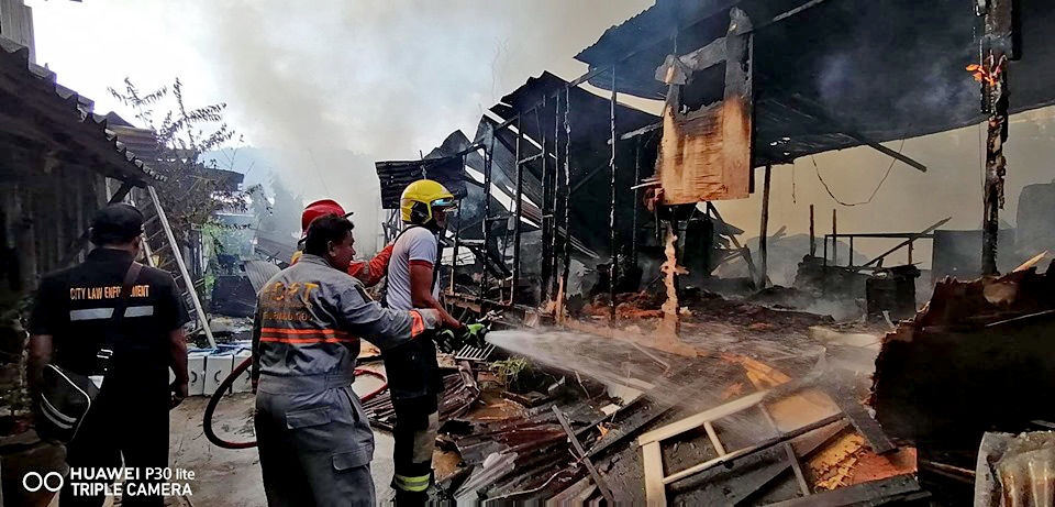 Morning fire in Patong destroys workers camp   News by Thaiger