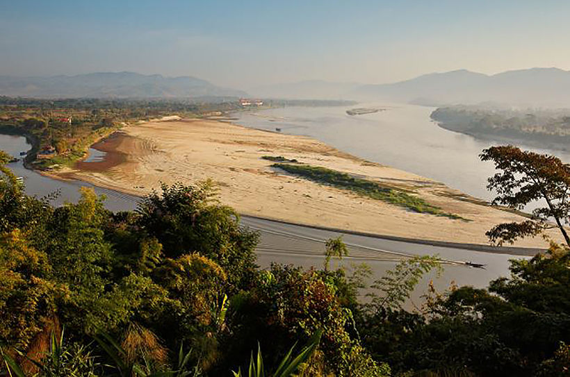 Mekong River drops to lowest level in a century around Thai, Lao, Myanmar border