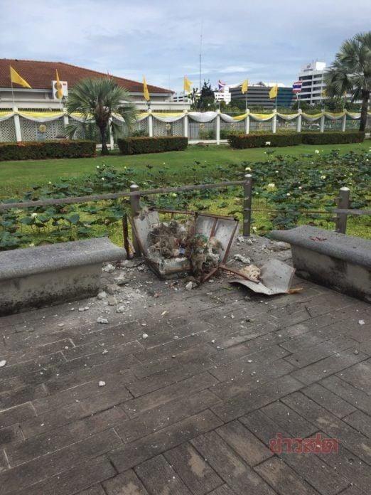 Место взрыва второй бомбы в 7 утра в Бангкоке