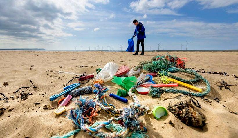 Thai government to consider bringing forward plastics ban | The Thaiger