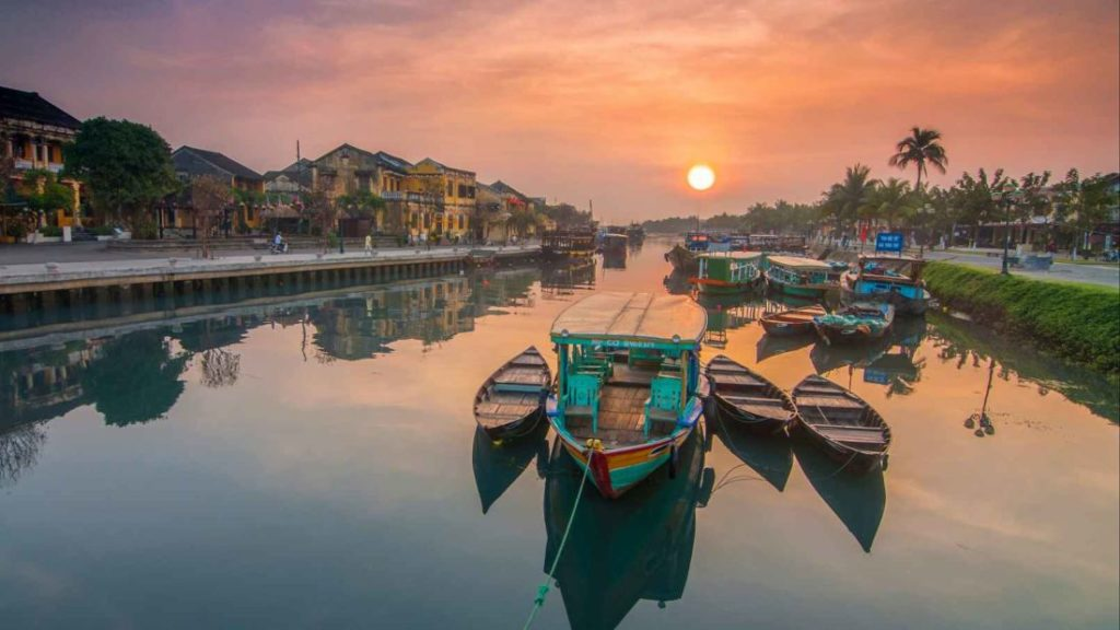 Top 10 prettiest towns in Asia