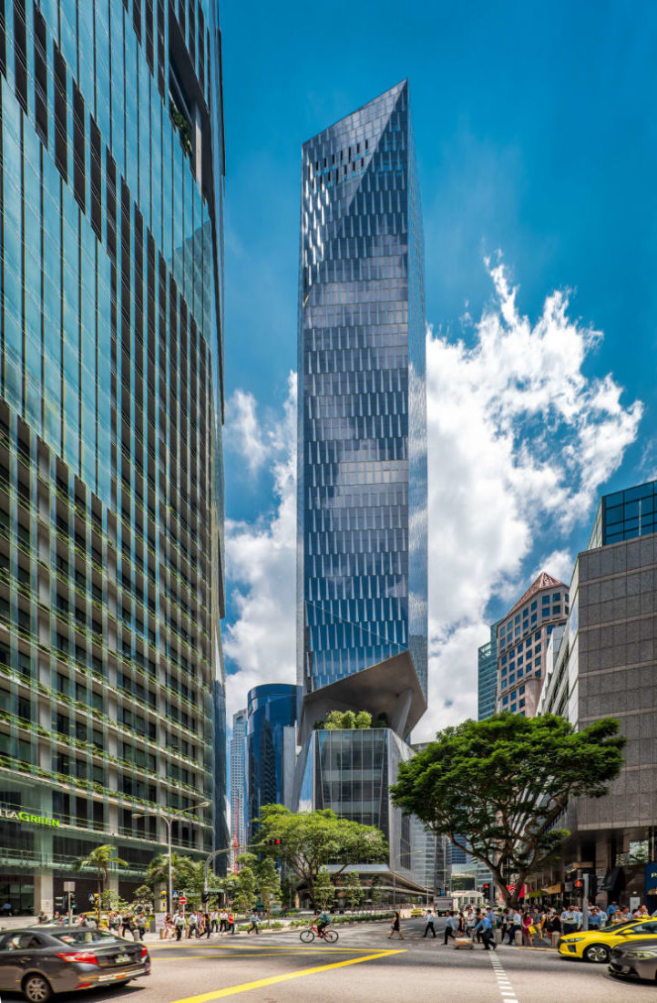 New Robinsons Tower in Singapore reaches for the sky with a green thumb | News by Thaiger