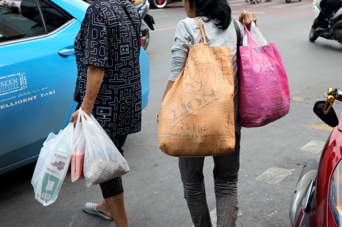 Old Thai habits die hard: Businesses are trying but shoppers