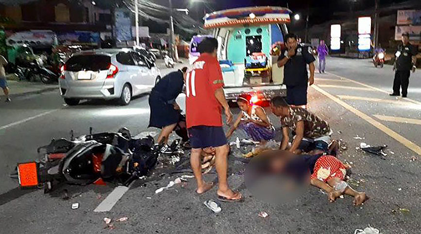6 year old Burmese boy dies from bike-pickup truck crash