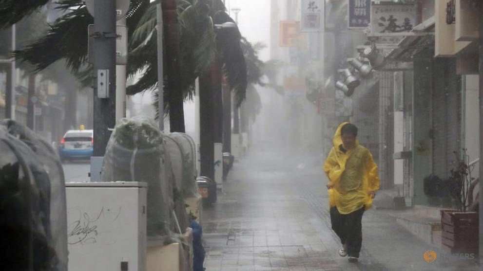 Morning peak chaos in Tokyo after typhoon Faxai passes through   Thaiger