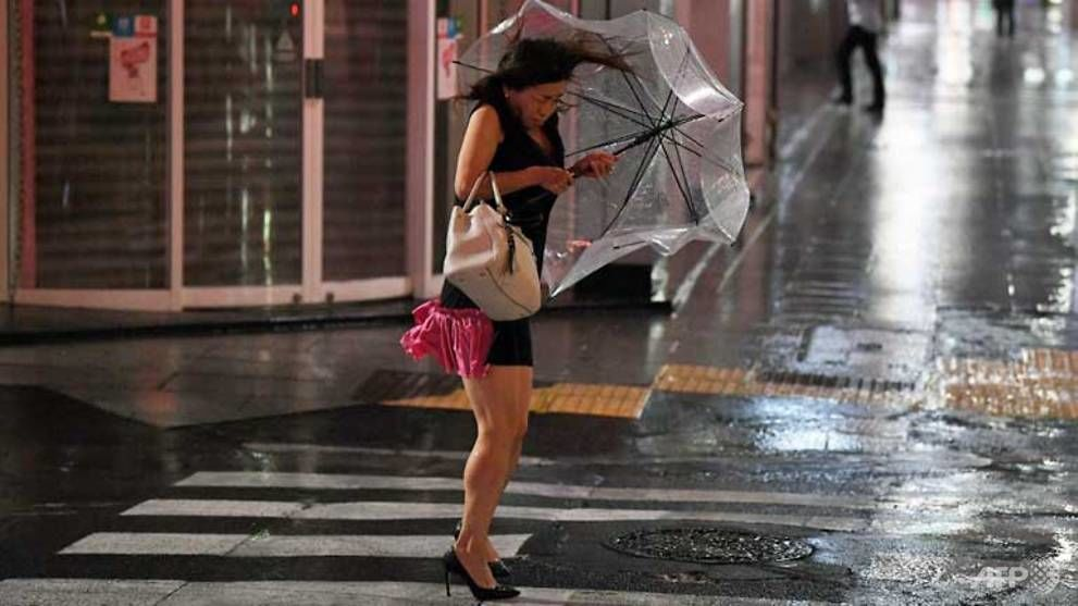 Morning peak chaos in Tokyo after typhoon Faxai passes through   News by Thaiger