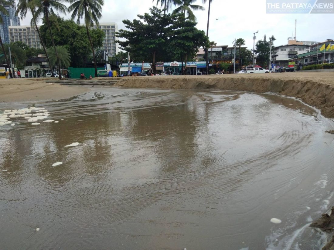 Torrential rains again wash away parts of Pattaya Beach, more on the way   News by Thaiger