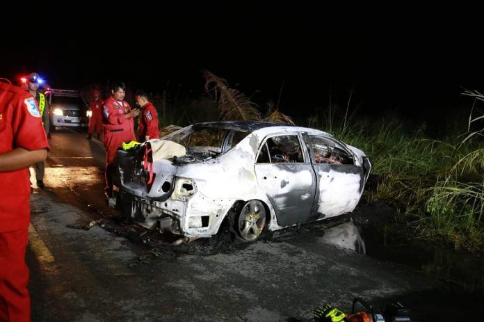 Driver dies after car collides with a tree in Chon Buri | News by Thaiger