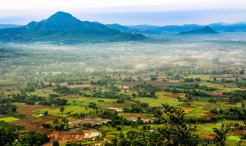 Earthquake rattles north-east Thailand