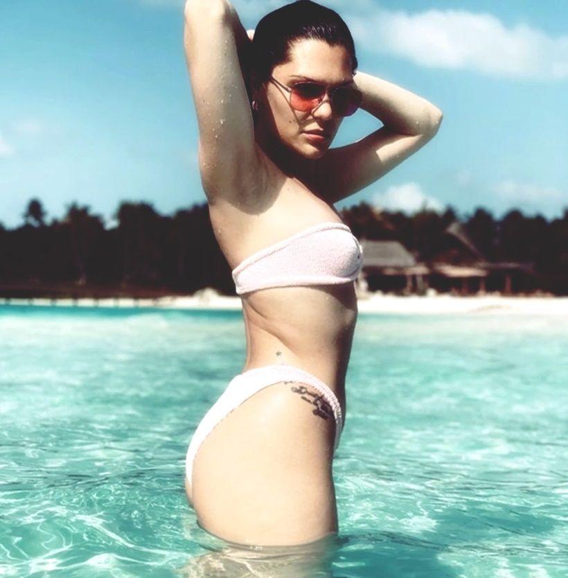 Sao Hollywood thi nhau đẩy mạnh trend mặc biniki màu nude | News by Thaiger