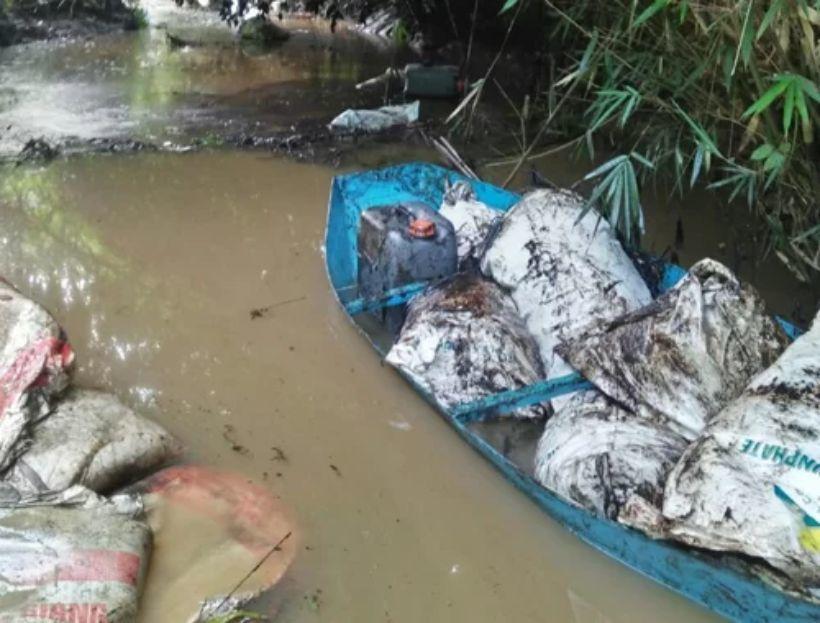 Sau 5 ngày phản ánh, Hà Nội khuyến cáo người dân không dùng nước sông Đà để ăn uống | News by Thaiger
