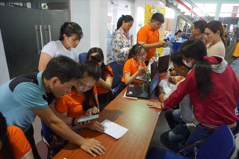 Vé tàu Tết 2020: Vé tàu chặng ngắn hết sớm   News by Thaiger