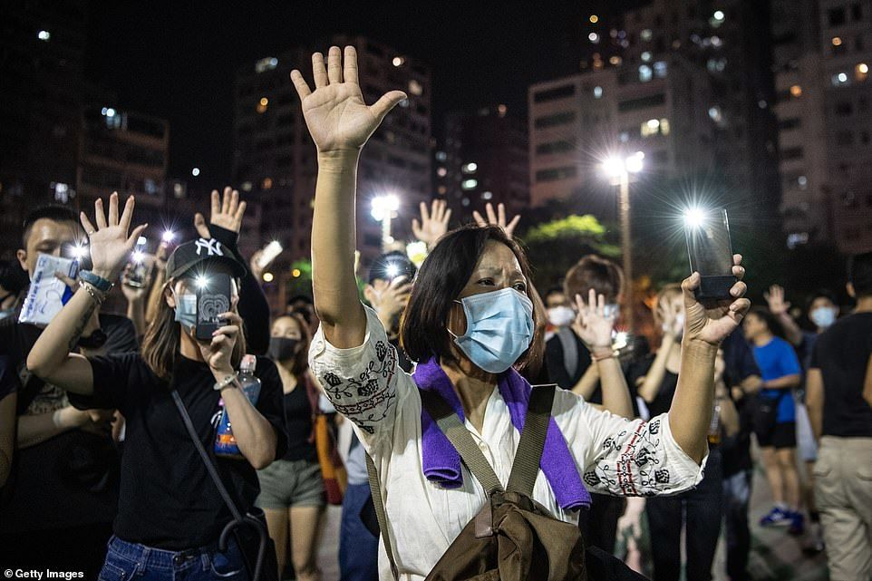 """""""Only China can make decisions on Hong Kong constitution"""" – Beijing"""