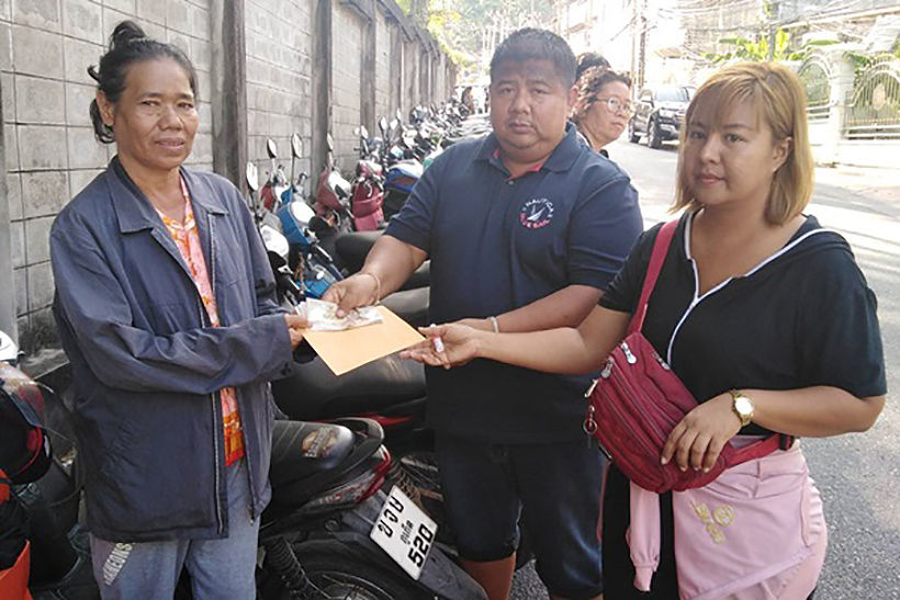Representative of the owner of collapsed building visits the victims in Phuket | News by Thaiger