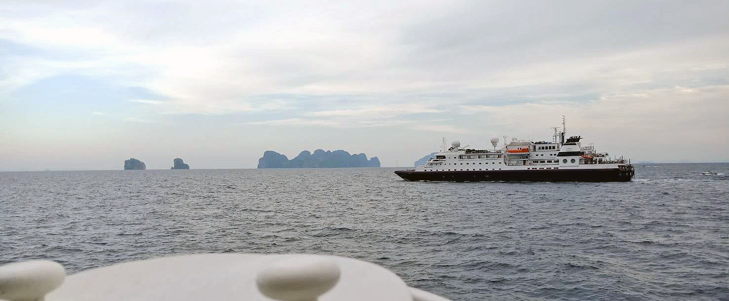 All passengers rescued after cruise incident off Koh Phi Phi | News by Thaiger