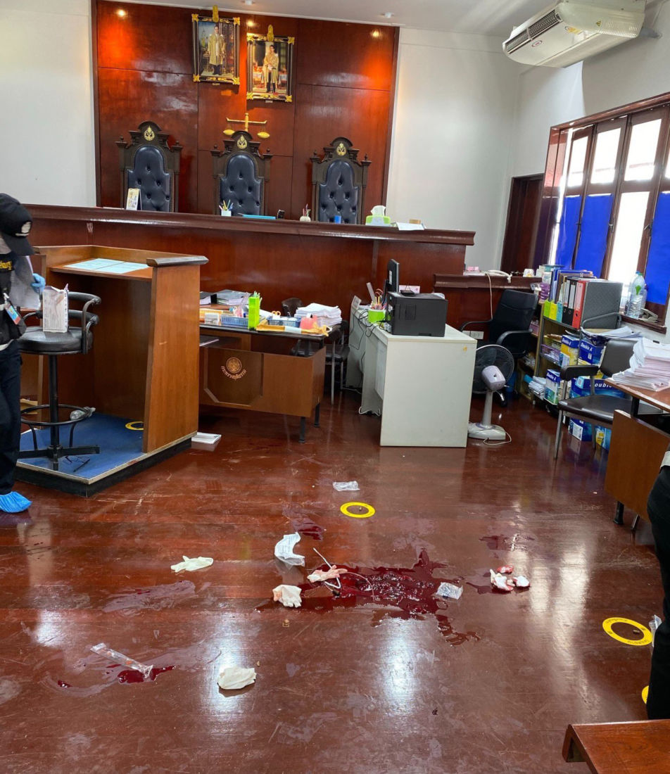 Three die following court shooting in Chanthaburi, two more injured | News by The Thaiger