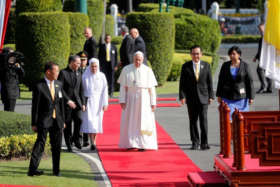 Pope Francis calls for action on exploitation of children, human trafficking | News by Thaiger