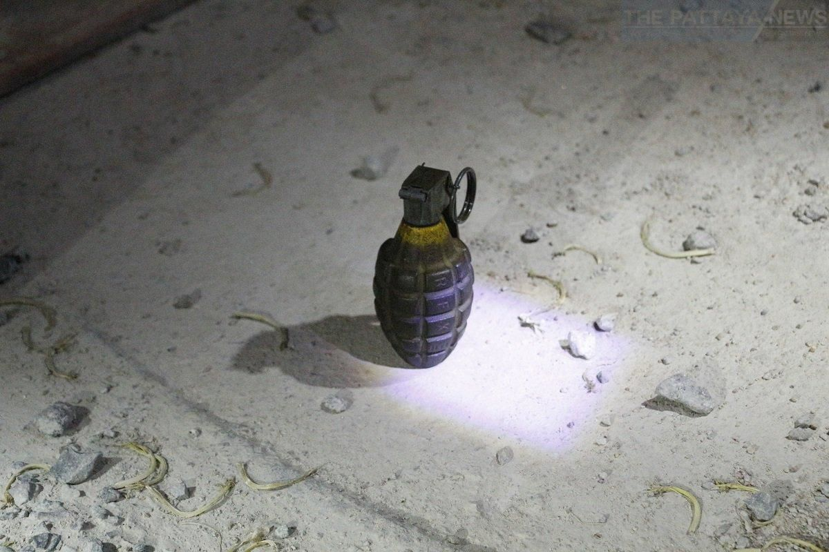 Man arrested with live grenade at Pattaya checkpoint | News by Thaiger