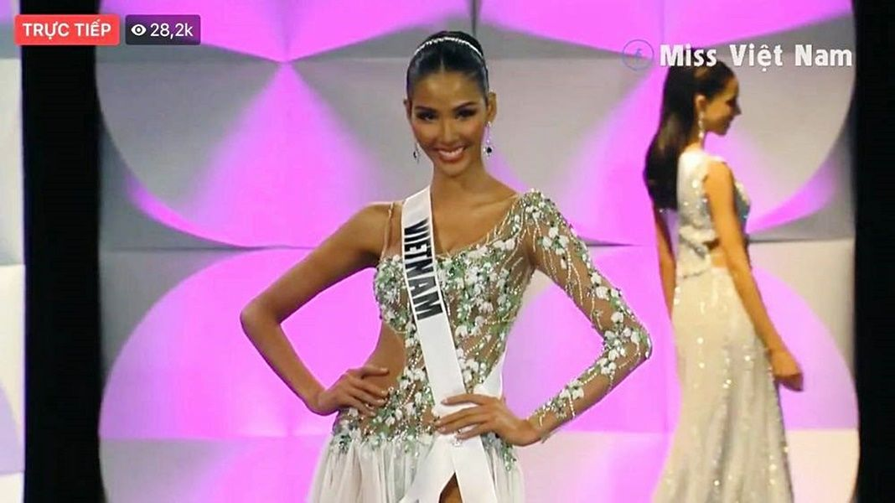 Hoàng Thùy tỏa sáng trong đêm bán kết Miss Universe 2019 | News by Thaiger