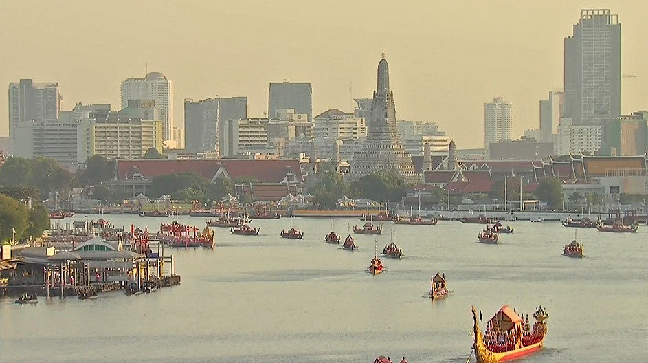 Chao Phraya welcomes the Royal Barge Procession in perfect Bangkok weather | News by The Thaiger
