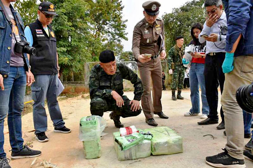 Two drug smugglers killed by soldiers in Chiang Rai, drugs seized | News by Thaiger