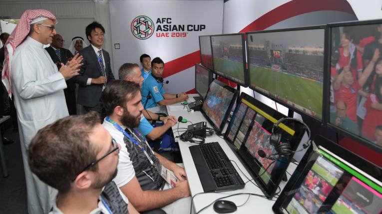 AFC lần đầu tiên đưa công nghệ VAR vào VCK U23 châu Á | News by Thaiger
