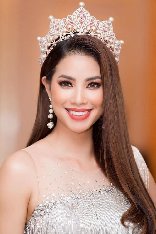 Hoa hậu Phạm Hương công khai quý tử đầu lòng   News by Thaiger