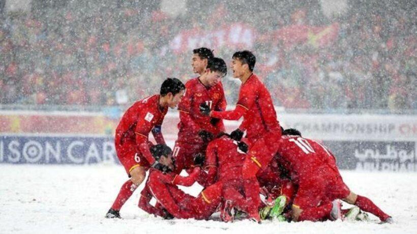 """Siêu phẩm """"Cầu vồng tuyết"""" của Quang Hải là bàn thắng mang tính biểu tượng U23 châu Á   News by Thaiger"""