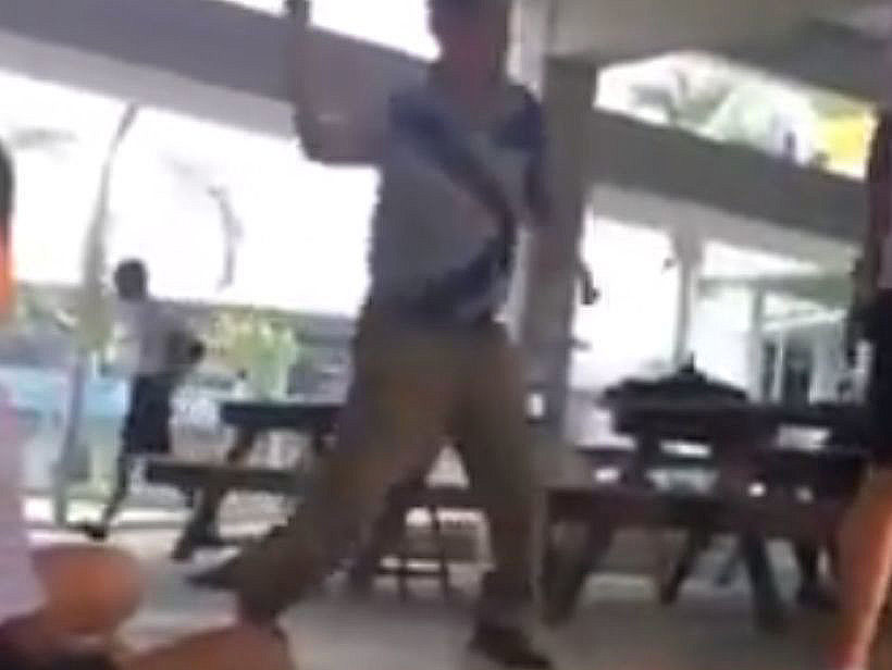 Thai teacher caning a student in Ayutthaya reports to police - UPDATE | News by Thaiger