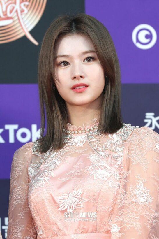 Dàn sao Kpop khoe dáng trên thảm đỏ Grammy của Hàn Quốc | News by Thaiger