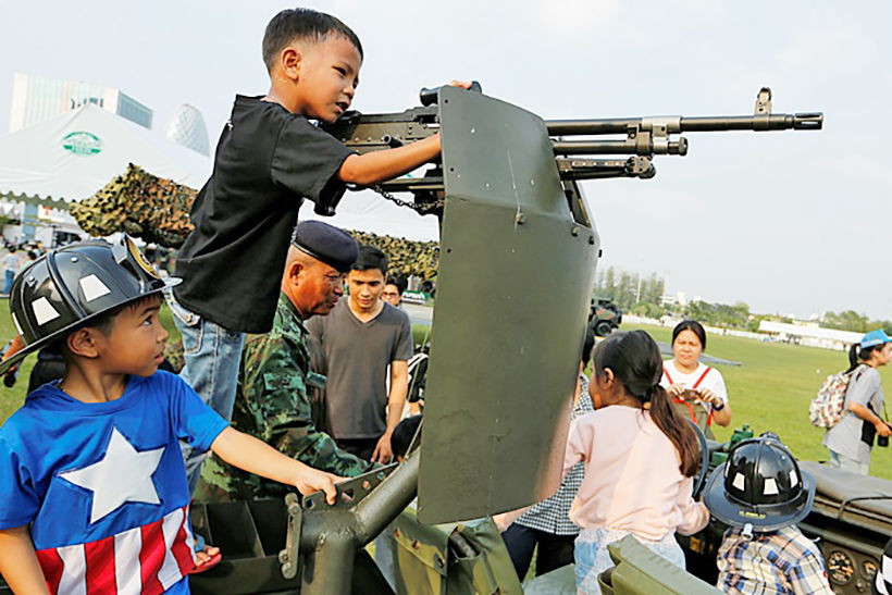 Guns, tanks and political speeches. Just another Children's Day in Thailand. | News by Thaiger
