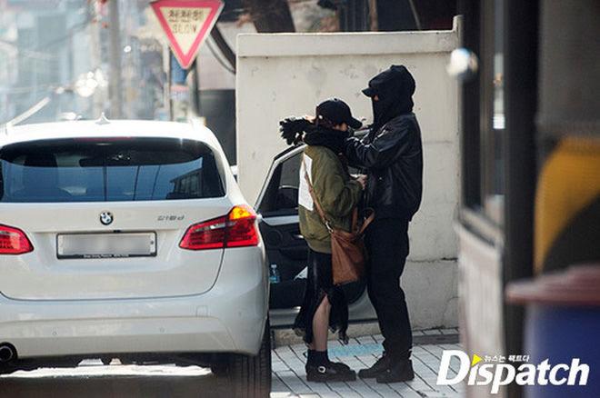 Dispatch là gì mà lại khuấy động mạng xã hội vì ảnh hẹn hò sao Kpop?   News by Thaiger