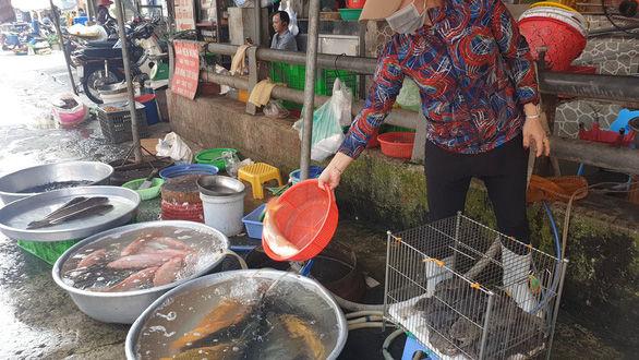Dịch vụ mâm cúng ông Công, ông Táo bội thu | News by Thaiger