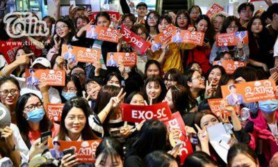Sân bay Nội Bài hứng trọn biển fangirl đón EXO-SC | The Thaiger