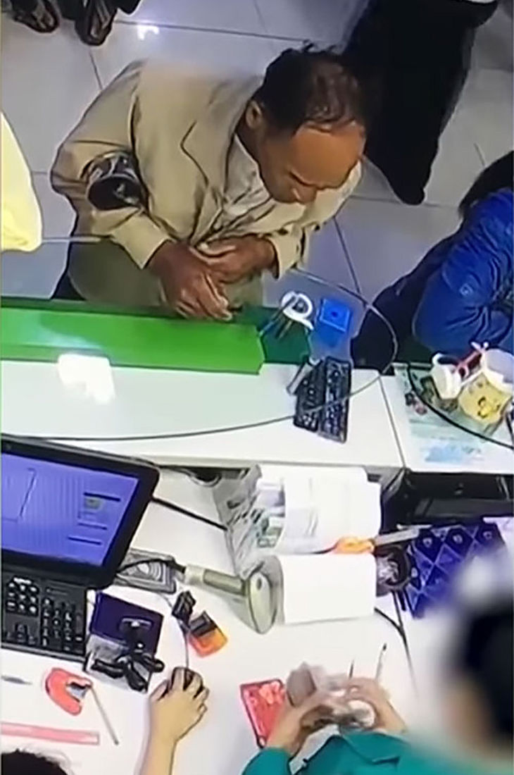 Bank rolls over after security footage captures employee stealing money | News by Thaiger