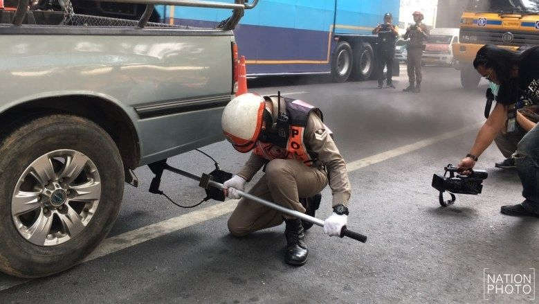 50% of Thai trucks checked in Don Mueang belching black smoke | News by Thaiger