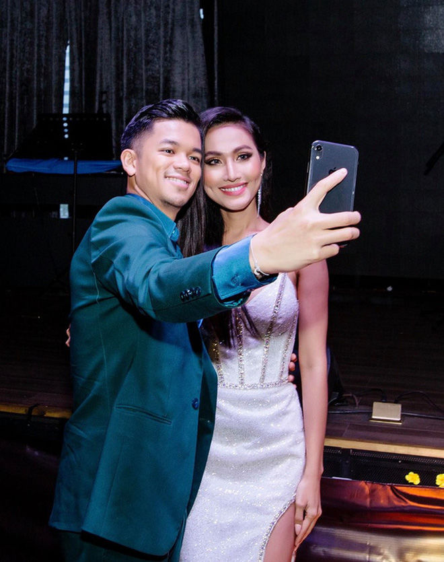 Hoài Sa dự tiệc tất niên nhà Trọng Hiếu như con trong gia đình | News by Thaiger