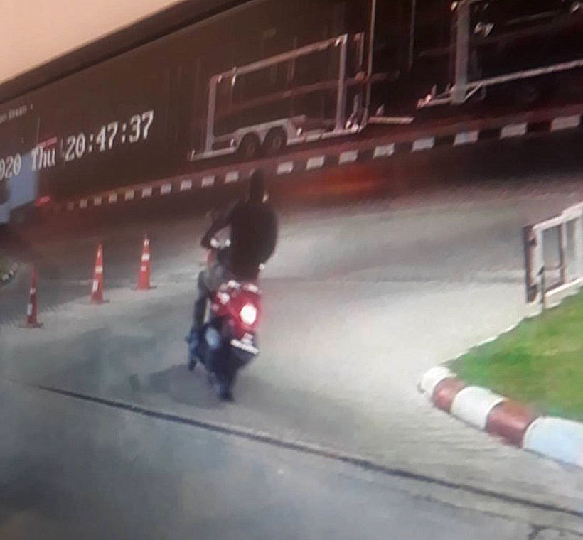 Three killed, others injured in Lopburi gold shop robbery - VIDEO   News by Thaiger