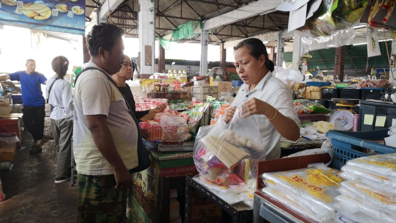 Not all Thais are happy with plastic bag ban | News by The Thaiger