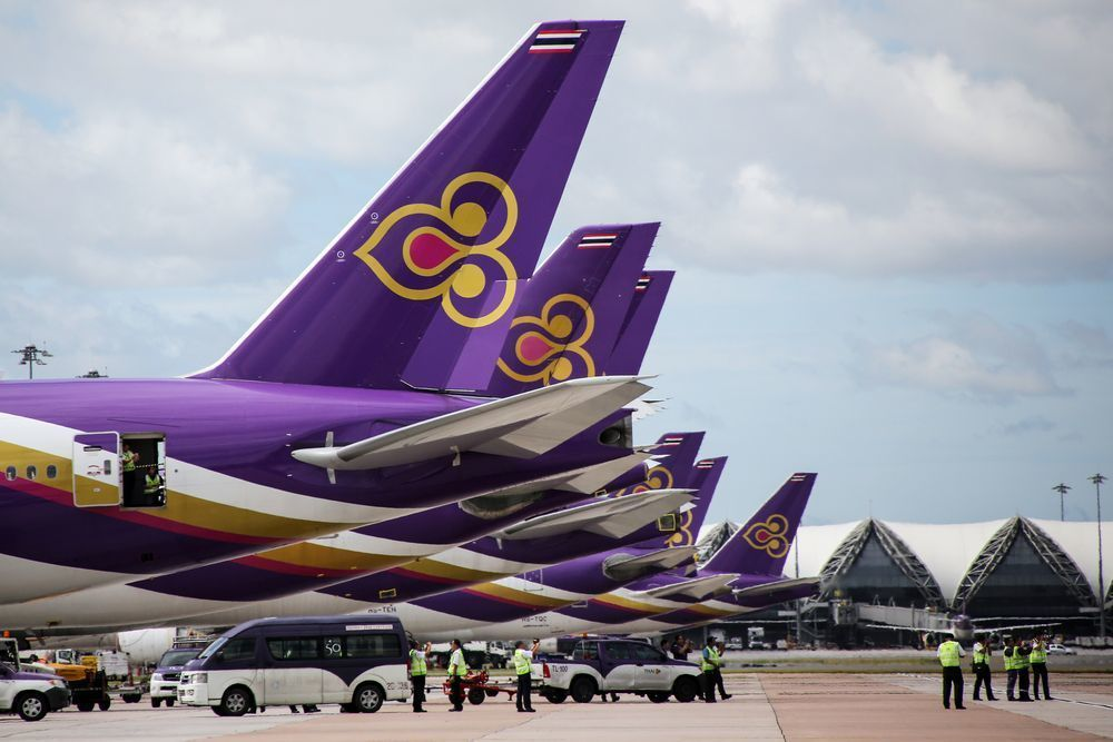 Thai Airways considers leasing planes and outsourcing cabin staff