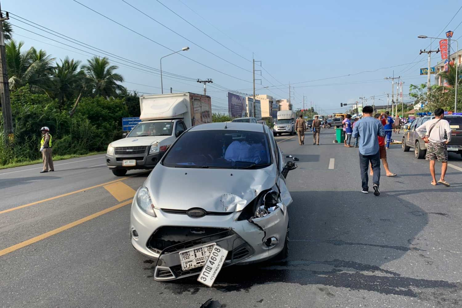 Mother and baby killed in Nakhon Si Thammarat intersection | News by Thaiger