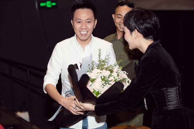 Hiền Hồ lên tiếng về chuyện gán ghép với diễn viên Anh Đức   News by Thaiger