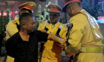 Hành hung cảnh sát khi được yêu cầu đo nồng độ cồn | The Thaiger