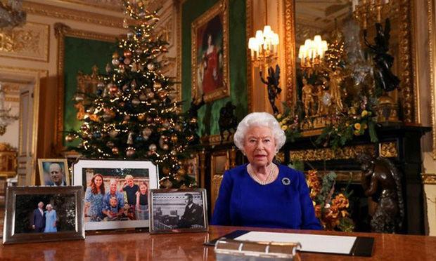 Vợ chồng Meghan Markle nghi sắp bị loại khỏi gia đình Hoàng gia Anh   News by Thaiger