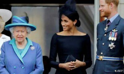 Sau cuộc họp khẩn với Hoàng Gia, vợ chồng Hoàng tử Harry bị chỉ trích | The Thaiger